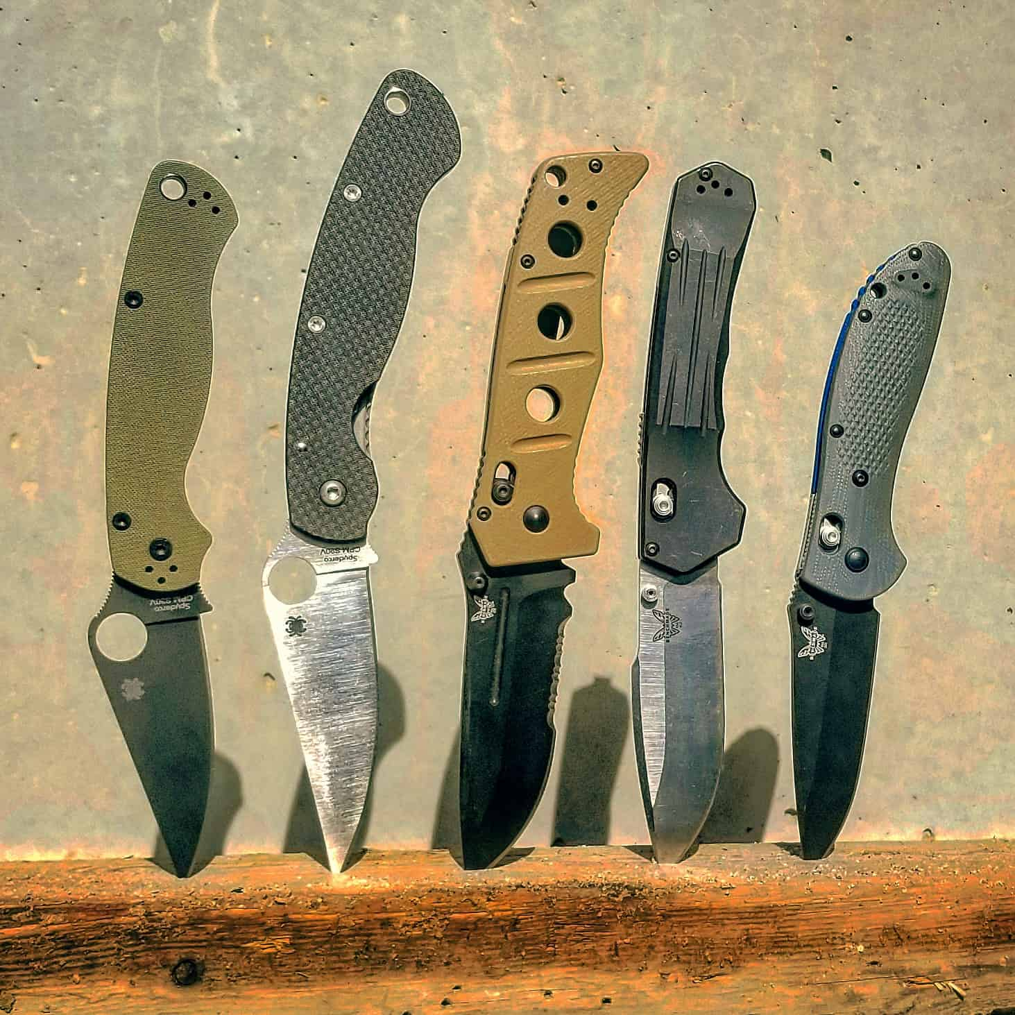 Best 5 Military Deployment Knives | First World Crusader